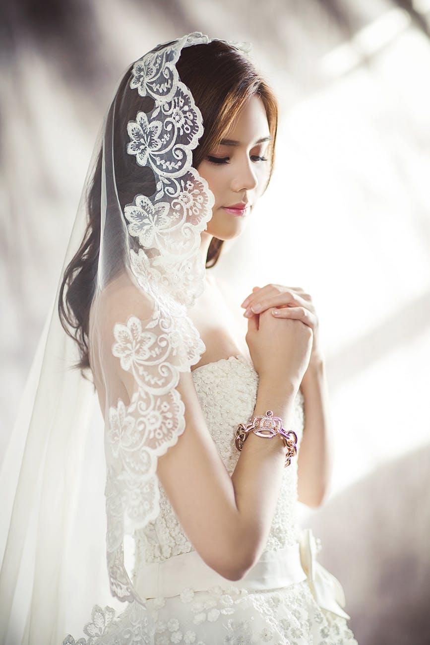 Düğün Öncesi Cilt Bakımı Nasıl Olur?